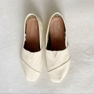 TOMS classic natural canvas flats